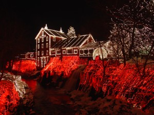Clifton_Mill_Christmas_2005[1]